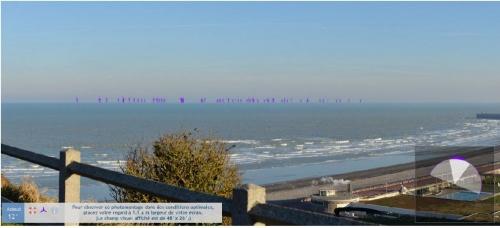 éoliennes vues du chateau de Dieppe 1